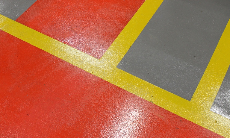 Red yellow lines